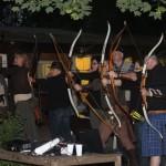 Bogenschützen in Gewandung