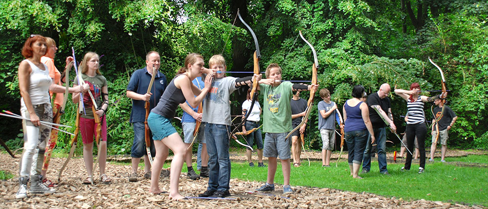 Pfeil und BogenWelt im Rombergpark Dortmund, Schnupperkurs mit Kindern